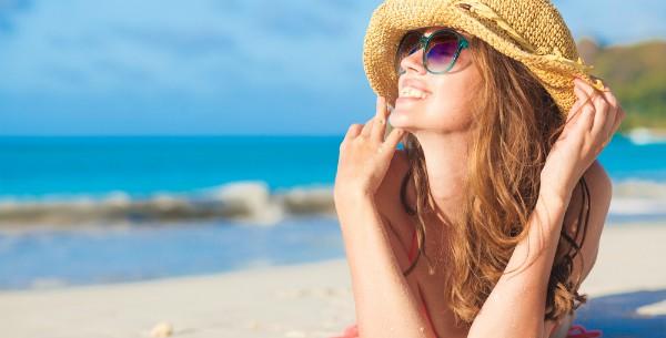Kā sauļoties veselīgi? Noskaidro, kad un cik ilgi drīksti atrasties saules staros.