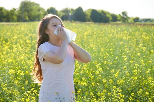 аллергия на пыльцу деревьев или сезонная аллергия